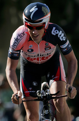 SAN FRANCISCO - FEBRUARY 18:  Chris Horner of the USA and riding for Predictor-Lotto rides to 25th place in the Prologue of the AMGEN Tour of California on February 18, 2007 in San Francisco, California.  (Photo by Doug Pensinger/Getty Images)