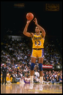1989-1990:  Mychal Thompson of the Los Angeles Lakers shoots the ball during a game. Mandatory Credit: Ken Levine  /Allsport Mandatory Credit: Ken Levine  /Allsport