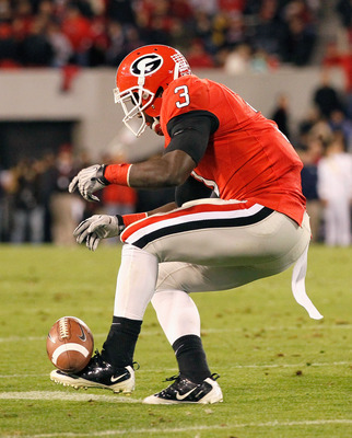 ATHENS, GA - NOVEMBER 27:  Washaun Ealey #3 of the Georgia Bulldogs drops this reception against the Georgia Tech Yellow Jackets at Sanford Stadium on November 27, 2010 in Athens, Georgia.  (Photo by Kevin C. Cox/Getty Images)