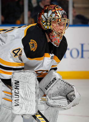 UNIONDALE, NY - FEBRUARY 17:  Goalie Tuukka Rask #40 of the Boston Bruins watches during a faceoff timeout in an NHL hockey game against the New York Islanders at the Nassau Coliseum on February 17, 2011 in Uniondale, New York.  (Photo by Paul Bereswill/G