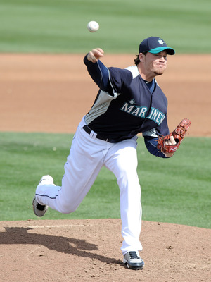 PEORIA, AZ - MARCH 01:  Blake Beavan #76 of the Seattle Mariners pitches during spring training at Peoria Stadium on March 1, 2011 in Peoria, Arizona.  (Photo by Harry How/Getty Images)