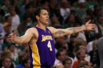 BOSTON - JUNE 08:  Luke Walton #4 of the Los Angeles Lakers reacts against the Boston Celtics in Game Three of the 2010 NBA Finals on June 8, 2010 at TD Garden in Boston, Massachusetts. NOTE TO USER: User expressly acknowledges and agrees that, by downloa