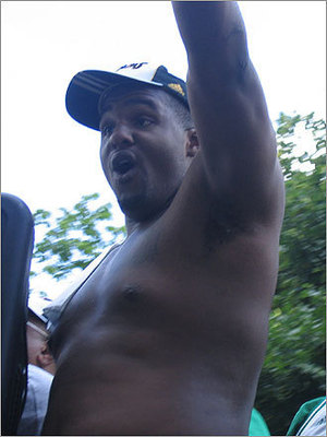 Glen-davis-fat_display_image