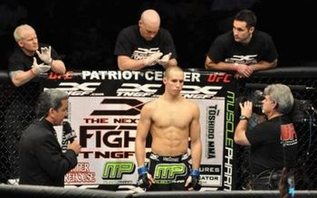 Rory-macdonald1_display_image