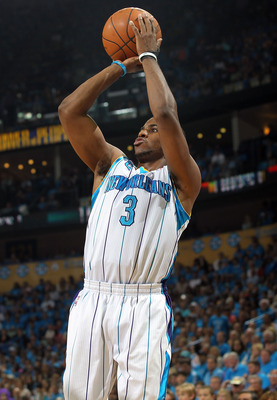 NEW ORLEANS, LA - APRIL 28:  Guard Chris Paul #3 of the New Orleans Hornets takes a shot against the Los Angeles Lakers in Game Six of the Western Conference Quarterfinals in the 2011 NBA Playoffs on April 28, 2011 at New Orleans Arena in New Orleans, Lou