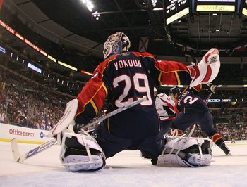 SUNRISE, FL - FEBRUARY 15: Tomas Vokoun #29 of the Florida Panthers tends net against the Washington Capitals on February 15, 2009 at the BankAtlantic Center in Sunrise, Florida. (Photo by Jon Greenberg/Getty Images)