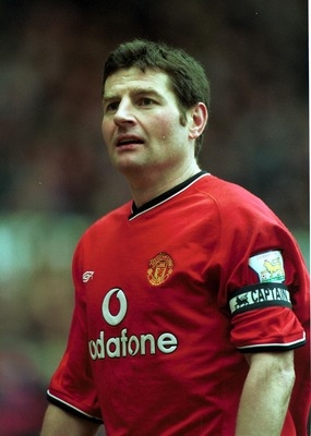 17 Mar 2001:  Denis Irwin of Manchester United in action during the FA Carling Premiership match brtween Manchester United and  Leicester City at Old Trafford, Manchester. Mandatory Credit: Gary M. Prior/ALLSPORT