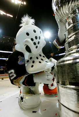 ANAHEIM, CA - JUNE 06:  The Anaheim Ducks mascot, 'Wild Wing',  poses with the Stanley Cup after the Ducks victory over the Ottawa Senators in Game Five of the n June 6, 2007 at Honda Center in Anaheim, California.  The Ducks won the game 6-2.  (Photo by