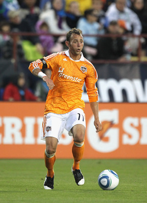 SANTA CLARA, CA - JUNE 04:  Brad Davis #11 of the Houston Dynamo in action against the San Jose Earthquakes at Buck Shaw Stadium on June 4, 2011 in Santa Clara, California.  (Photo by Ezra Shaw/Getty Images)