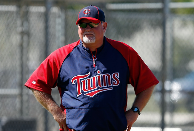FORT MYERS, FL - FEBRUARY 23:  Manager Ron Gardenhire #35 of the Minnesota Twins watches his team during a spring training workout session at Hammond Stadium on February 23, 2011 in Fort Myers, Florida.  (Photo by J. Meric/Getty Images)