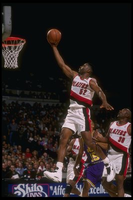 24 Feb 1995:  Forward Buck Williams of the Portland Trail Blazers goes up for two during a game against the Utah Jazz at the Rose Garden in Portland, Oregon.  The Blazers won the game, 114-101. Mandatory Credit: Otto Greule  /Allsport Mandatory Credit: Ot