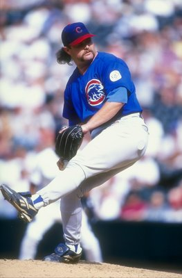 30 Aug 1998:  Pitcher Rod Beck #47 of the Chicago Cubs in his wind up during a game against the Colorado Rockies at Coors Field in Denver, Colorado. The Cubs defeated the Rockies 4-3. Mandatory Credit: Brian Bahr  /Allsport