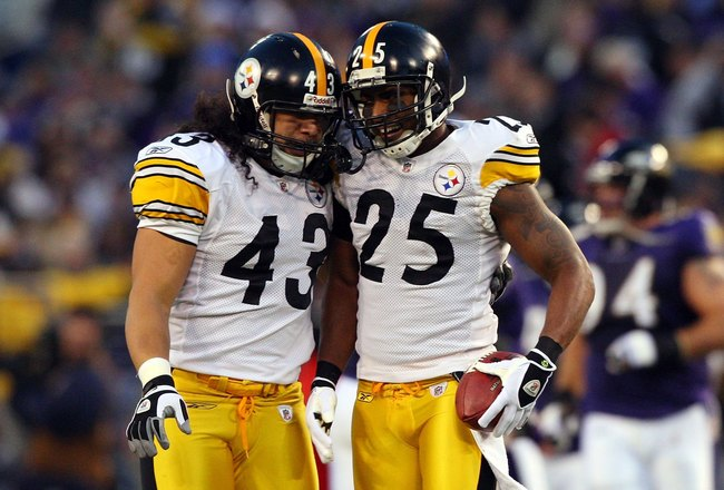 BALTIMORE - DECEMBER 14:  Ryan Clark #25 of the Pittsburgh Steelers celebrates his interception against the Baltimore Ravens with teammate Troy Polamalu #43 on December 14, 2008 at M&T Bank Stadium in Baltimore, Maryland.  (Photo by Jim McIsaac/Getty Imag