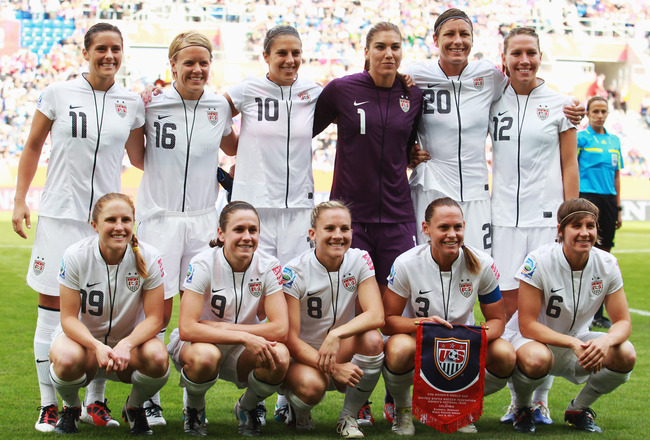 SINSHEIM, GERMANY - JULY 02:  The team of USA is pictured prior to the FIFA Women's World Cup 2011 Group C match between USA and Colombia at Rhein-Neckar-Arena on July 2, 2011 in Sinsheim, Germany.  (Photo by Joern Pollex/Getty Images)