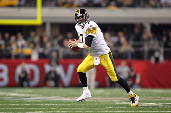 ARLINGTON, TX - FEBRUARY 06:  Ben Roethlisberger #7 of the Pittsburgh Steelers runs with the ball against the Green Bay Packers during Super Bowl XLV at Cowboys Stadium on February 6, 2011 in Arlington, Texas. The Packers won 31-25. (Photo by Jamie Squire