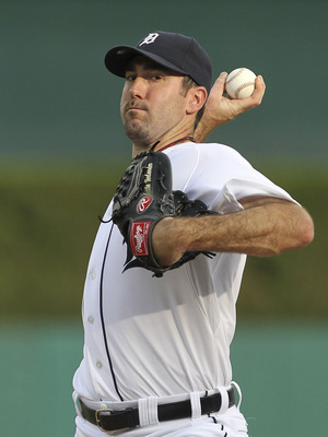 DETROIT - JUNE 25:  Justin Verlander #35 of the Detroit Tigers warms-up before the start of the second inning during the game against the Arizona Diamondbacks at Comerica Park on June 25, 2011 in Detroit, Michigan. Verlander went on to strike out 14 for a