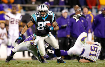 CHARLOTTE, NC - DECEMBER 20:  Steve Smith #89 of the Carolina Panthers breaks free upfield against the Minnesota Vikings at Bank of America Stadium on December 20, 2009 in Charlotte, North Carolina.  (Photo by Kevin C. Cox/Getty Images)