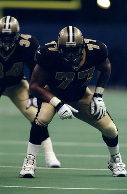 13 Sep 1998:  Offensive tackle William Roaf #77 of the New Orleans Saints in action during a game against the Carolina Panthers at the Louisiana Superdome in New Orleans, Louisiana. The Saints defeated the Panthers 19-14. Mandatory Credit: Todd Warshaw  /