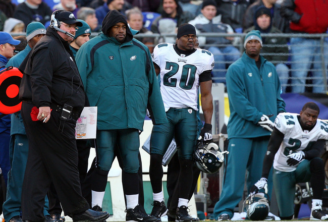 BALTIMORE - NOVEMBER 23: (L-R) Head coach Andy Reid, Donovan McNabb #5, and Brian Dawkins #20 of the Philadelphia Eagles look on late in the game against the Baltimore Ravens on November 23, 2008 at M&T Bank Stadium in Baltimore, Maryland. (Photo by Jim M