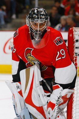 OTTAWA - OCTOBER 18:  Goaltender Martin Gerber #29 of the Ottawa Senators defends his net during the game against the Boston Bruins on October 18, 2008 at the Scotiabank Place in Ottawa, Ontario, Canada. The Bruins defeated the Senators 4-2.  (Photo by Ph