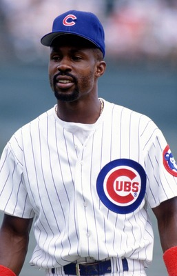 16 JUL 1995:  INFIELDER SHAWON DUNSTON OF THE CHICAGO CUBS DURING THE CUBS 7-5 WIN OVER THE CINCINNATI REDS AT WRIGLEY FIELD IN CHICAGO, ILLINOIS. Mandatory Credit: Jonathan Daniel/ALLSPORT