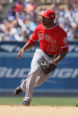 LOS ANGELES, CA - JUNE 25:  Howie Kendrick #47 of the Los Angeles Angels of Anaheim plays against the Los Angeles Dodgers at Dodger Stadium on June 25, 2011 in Los Angeles, California.  (Photo by Jeff Gross/Getty Images)