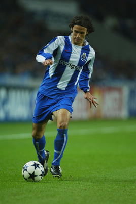 PORTO, PORTUGAL - APRIL 21:   Ricardo Carvalho of Porto during the UEFA Champions League semi-final between FC Porto and Deportivo La Coruna at the Dragao Stadium on April 21, 2004 in Porto, Portugal.  (Photo by Mike Hewitt/Getty Images)