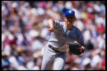 5 Sep 1993: Pitcher Pat Hentgen of the Toronto Blue Jays throws a pitch during a game against the California Angels at Anaheim Stadium in Anaheim, California.