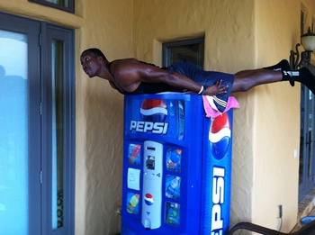 Dwight-howard-planking_display_image