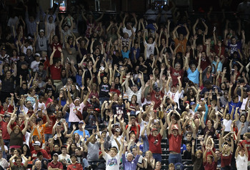PHOENIX - SEPTEMBER 24:  Fans do the wave during the Major League Baseball game between the Los Angeles Dodgers and the Arizona Diamondbacks at Chase Field on September 24, 2010 in Phoenix, Arizona.  (Photo by Christian Petersen/Getty Images)