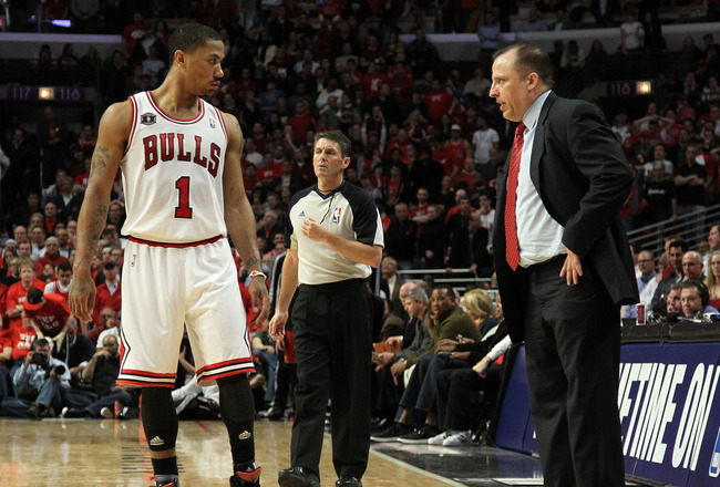 CHICAGO, IL - MAY 26:  Derrick Rose #1 of the Chicago Bulls talks with head coach Tom Thibodeau against the Miami Heat in Game Five of the Eastern Conference Finals during the 2011 NBA Playoffs on May 26, 2011 at the United Center in Chicago, Illinois. NO