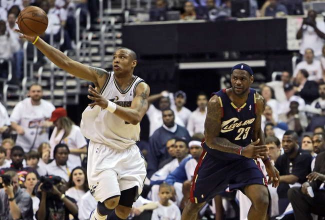 WASHINGTON - APRIL 24:  Caron Butler #3 of the Washington Wizards steals the ball from LeBron James #23 of the Cleveland Cavaliers in Game Three of the Eastern Conference Quarterfinals during the 2008 NBA Playoffs at the Verizon Center on April 24, 2008 i