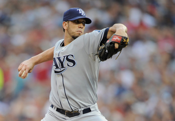 MINNEAPOLIS, MN - JULY 5: James Shields #33 of the Tampa Bay Rays delivers a pitch against the Minnesota Twins in the first inning on July 5, 2011 at Target Field in Minneapolis, Minnesota. (Photo by Hannah Foslien/Getty Images)