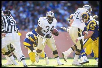 13 Dec 1992: Running back Craig Heyward of the New Orleans Saints moves the ball during a game against the Los Angeles Rams at Anaheim Stadium in Anaheim, California. The Saints won the game, 37-14.