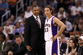 PHOENIX, AZ - APRIL 13:  Head coach Alvin Gentry and Steve Nash #13 of the Phoenix Suns talk during the NBA game against the San Antonio Spurs at US Airways Center on April 13, 2011 in Phoenix, Arizona.  NOTE TO USER: User expressly acknowledges and agree