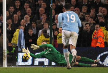 MANCHESTER, ENGLAND - DECEMBER 05:  Shay Given of Manchester City saves the penalty kick of Frank Lampard of Chelsea during the Barclays Premier League match between Manchester City and Chelsea at the City of Manchester Stadium on December 5, 2009 in Manc