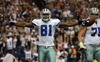 DALLAS - SEPTEMBER 15:  Wide receiver Terrell Owens #81 of the Dallas Cowboys celebrates a touchdown against the Philadelphia Eagles in the second quarter at Texas Stadium on September 15, 2008 in Irving, Texas.  (Photo by Ronald Martinez/Getty Images)