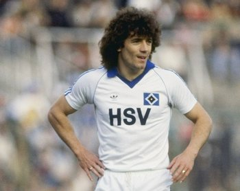 Undated:  Kevin Keegan in action for SV Hamburg during a German League match. Mandatory Credit: Allsport