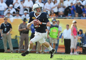 TAMPA, FL - JANUARY 1:  Quarterback Matt McGloin #11 of the Penn State Nittany Lions looks to pass against the Florida Gators January 1, 2011 in the 25th Outback Bowl at Raymond James Stadium in Tampa, Florida.  (Photo by Al Messerschmidt/Getty Images)