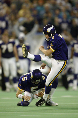 MINNEAPOLIS - DECEMBER 21:  Kicker Gary Anderson #1 of the Minnesota Vikings kicks the game winning 54-yard field goal against Miami Dolphins at the Hubert H. Humphrey Metrodome on December 21, 2002 in Minneapolis, Minnesota. The Vikings defeated the Dolp