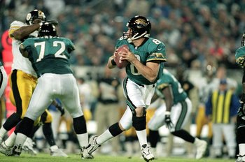 2 Dec 1999: Mark Brunell #8 of the Jacksonville Jaguars moves back to pass the ball during a game against the Pittsburgh Steelers at the Alltell Stadium in Jacksonville, Florida. The Jaguarss defeated the Steelers 20-6. Mandatory Credit: Andy Lyons  /Alls