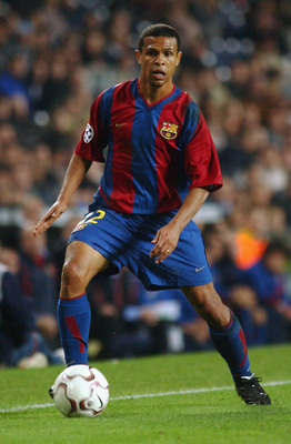 BARCELONA - NOVEMBER 13 :   Geovanni of Barcelona in action during the Champions League Group H match between FC Barcelona and Galatasaray SK at the Nou Camp stadiun in Barcelona, Spain on 13 November, 2002. (Photo by Ross Kinnaird/Getty Images) Barcelona