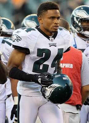 PHILADELPHIA, PA - AUGUST 11:  Nnamdi Asomugha #24 of the Philadelphia Eagles warms up before playing against the Baltimore Ravens in their pre season game on August 11, 2011 at Lincoln Financial Field in Philadelphia, Pennsylvania.  (Photo by Jim McIsaac
