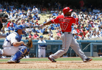 LOS ANGELES, CA - JUNE 25:  Howie Kendrick #47 of the Los Angeles Angels of Anaheim bats against the Los Angeles Dodgers at Dodger Stadium on June 25, 2011 in Los Angeles, California.  (Photo by Jeff Gross/Getty Images)