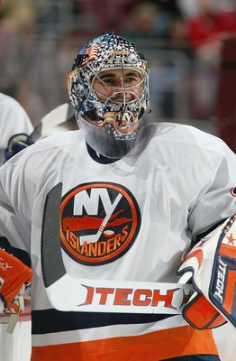 PHILADELPHIA - NOVEMBER 09:  Rick DiPietro #39 of the New York Islanders takes a break from the action against the Philadelphia Flyers at the Wachovia Center on November 9,2006 in Philadelphia, Pennsylvania. The Islandes defeated the Flyers, 3-1.  (Photo