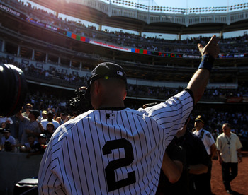 Derek Jeter became the 28th member of the 3,000-hit club on Saturday