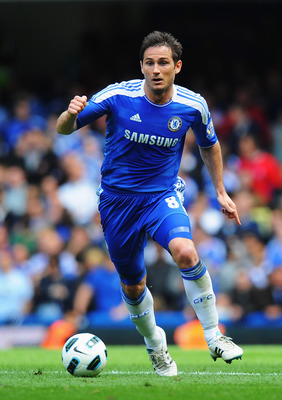 LONDON, ENGLAND - MAY 15:  Frank Lampard of Chelsea in action during the Barclays Premier League match between Chelsea and Newcastle United at Stamford Bridge on May 15, 2011 in London, England.  (Photo by Mike Hewitt/Getty Images)