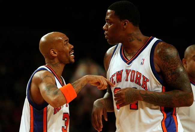 NEW YORK - JANUARY 02:  Stephon Marbury #3 of the New York Knicks talks with teammate Eddie Curry #34 in the game against against the Sacramento Kings on January 2, 2008 at Madison Square Garden in New York City. NOTE TO USER: User expressly acknowledges