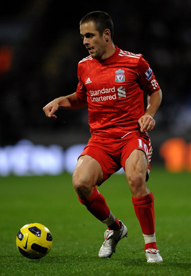 BOLTON, ENGLAND - OCTOBER 31:  Joe Cole of Liverpool in action during the Barclays Premier League match between Bolton Wanderers and Liverpool at the Reebok Stadium on October 31, 2010 in Bolton, England.  (Photo by Laurence Griffiths/Getty Images)