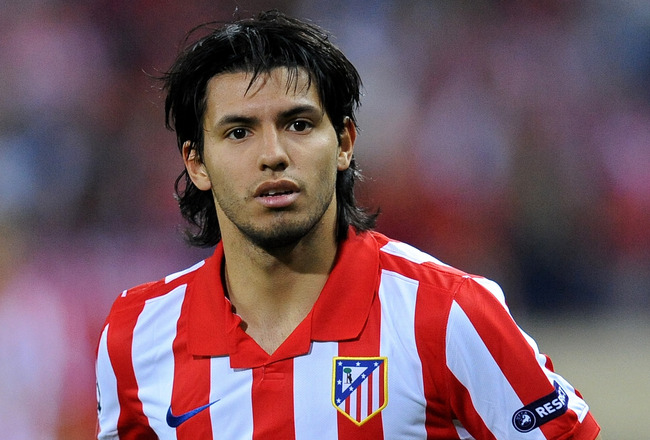MADRID, SPAIN - SEPTEMBER 15:  Sergio Aguero of Atletico Madrid in action during the Champions League group D match between Atletico Madrid and APOEL FC at the Vicente Calderon stadium on September 15, 2009 in Madrid, Spain. The match ended in a 0-0 draw.